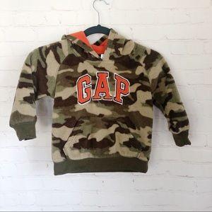 [GAP Kids] camo fleece pullover hoodie 3T